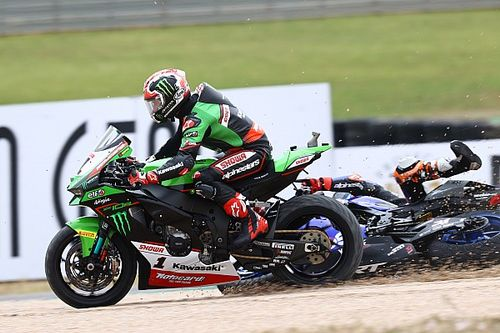 """Gerloff """"frustrated"""" after clash with WSBK race leader Rea"""