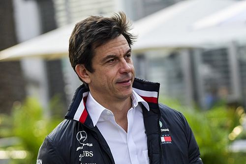 Wolff to miss first F1 race since 2013