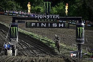 MXGP Reporte de la carrera Desalle y Jonass se lucen en el embarrado GP de Rusia de MXGP