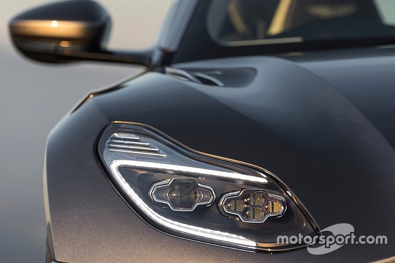 Émissions de CO2 - Ferrari et Aston Martin épinglés