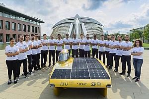 GENEL Özel Haber Güneş Enerjili Araçlar ile Avustralya'yı Kuzeyden Güneye Kat Edecekler