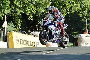 Road racing Qualifying report Isle of Man TT:Hickman tops Superbikes at 132.806mph