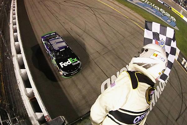 NASCAR Sprint Cup Hamlin vence en prueba accidentada; el Chase está definido