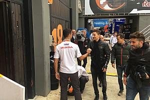 Lorenzo et Zarco prennent possession de leurs nouveaux garages
