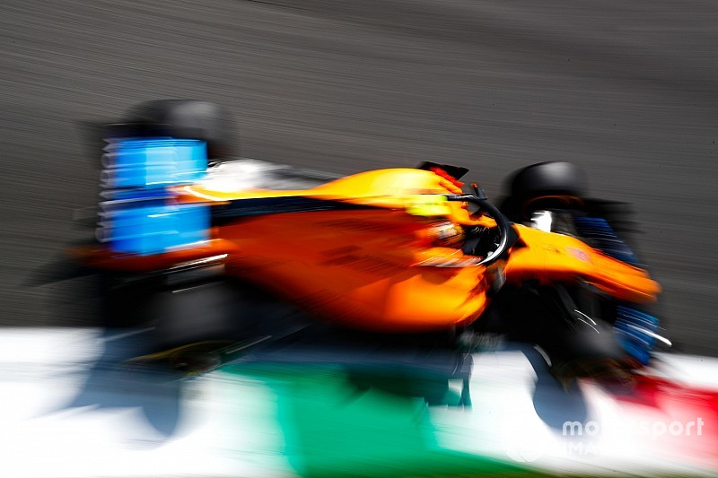 Главные моменты сезона Ф1 в фотографиях: McLaren