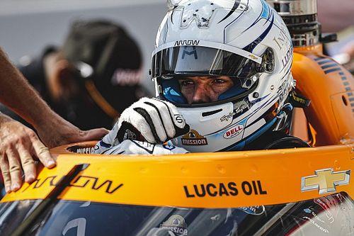 IndyCar: Askew fermato dai dottori, al suo posto Castroneves