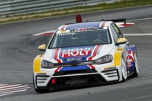 TCR Deutschland News TCR Deutschland in Oschersleben: Florian Thoma holt Debütsieg für VW