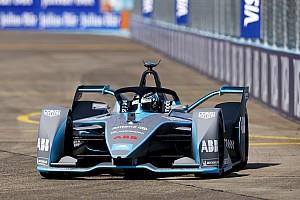 Formula E Son dakika Video: Rosberg, Berlin ePrix öncesi Gen2 Formula E aracını sürdü!