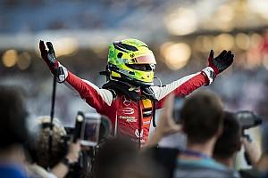 Schumacher: Bir sonraki adımı dikkatlice atacağım