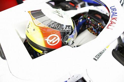 Шумахер рассказал о «скрюченной» позе за рулем Haas