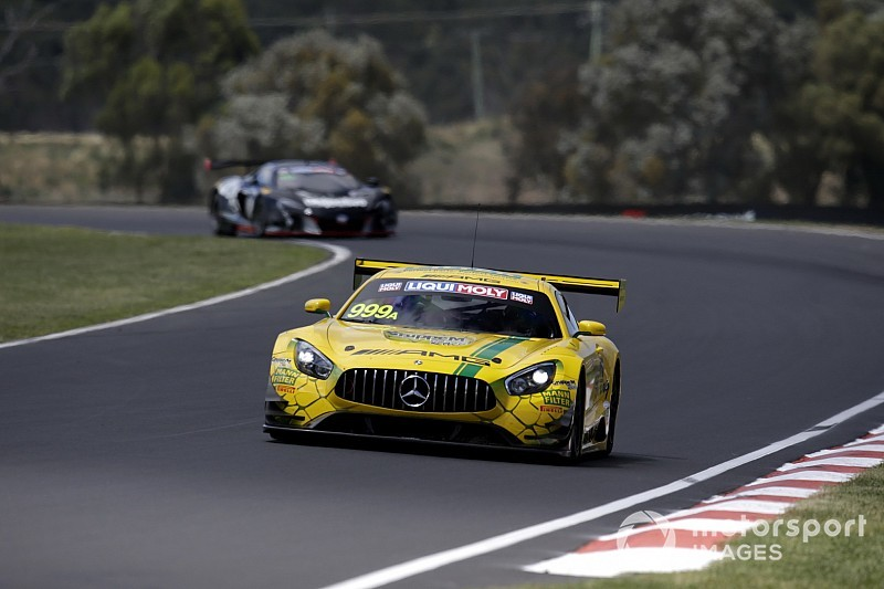 Bathurst 12 Hour: Aston penalty helps GruppeM Mercedes to pole