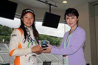 【KYOJO-CUP】大会会長の三原じゅん子参議院議員が選手たちを激励
