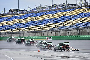 NASCAR Cup Qualifying report Rain washes out Cup qualifying, Harvick gets pole