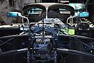 Mercedes: feltárul az első futómű hidraulikája