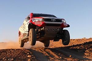 Dakar News Rallye Dakar 2018: Toyota geht mit völlig neuem Hilux an den Start