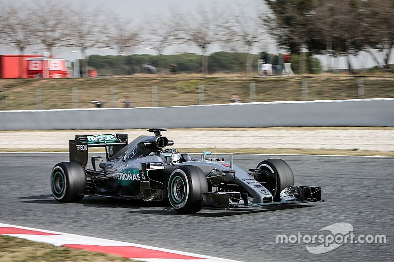 """Rosberg: Mercedes """"hasn't shown its cards yet"""""""
