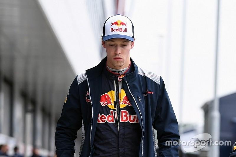 Kvyat se siente perseguido por los comisarios de la F1