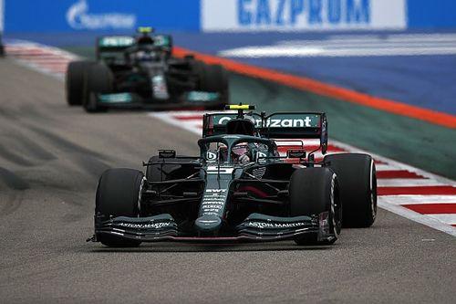 """Vettel: """"Sekizinci virajı tam gaz geçmek hem zor hem de ödüllendirici"""""""