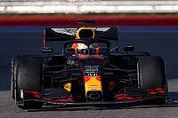 """Verstappen celebra segundo lugar mas reclama de """"corrida solitária"""""""