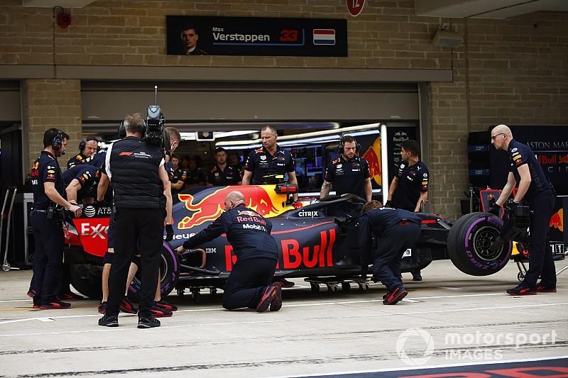 Ricciardo warned in advance about kerb Verstappen hit