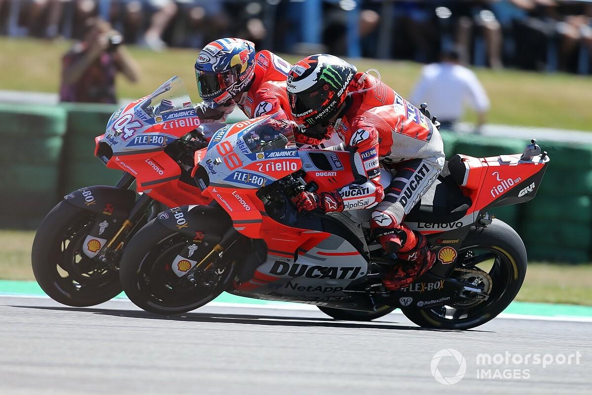Конфликт в Ducati: Лоренсо и Довициозо снова недовольны друг другом