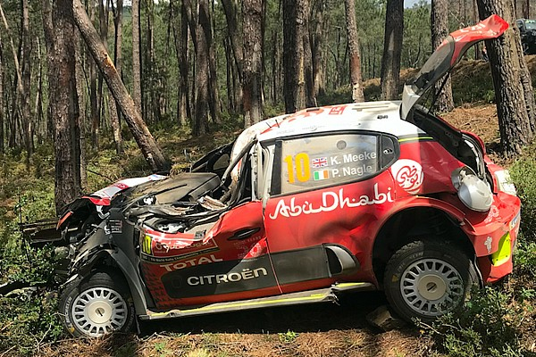 WRC Ultime notizie Miracolato Meeke: sulla sua Citroen si è piegato il roll-bar!