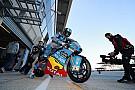 Moto2 Tante squadre di Moto2 al lavoro a Le Mans per una giornata di test