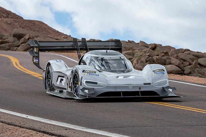 Volkswagen I.D R побив рекорд електромашин на Фестивалі швидкості в Гудвуді