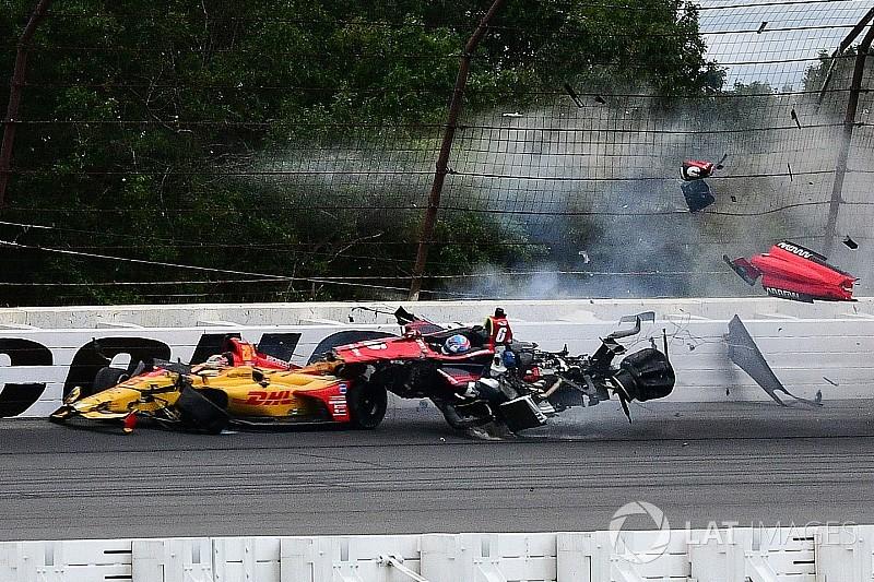 Massa kritik standar keamanan IndyCar