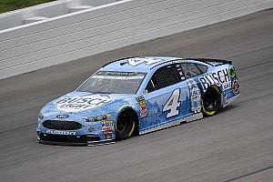 NASCAR Sprint Cup Crónica de entrenamientos Harvick abre con el mejor tiempo en Kansas y Suárez en sexto