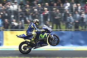 MotoGP BRÉKING Rossi: a motor remekül működik és jó rajtolni a második helyről