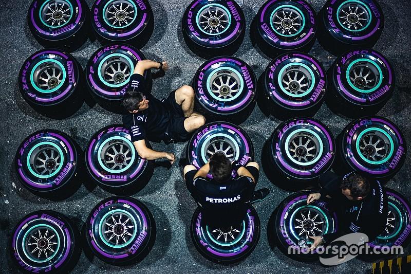 Mercedes и Ferrari выбрали разные шинные стратегии для Мексики