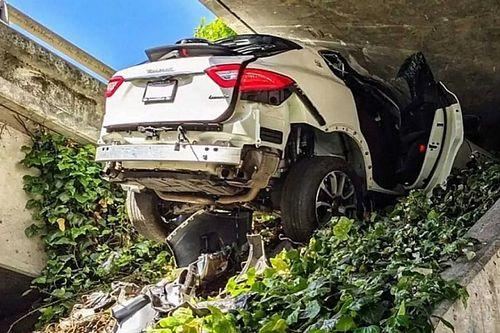 Nagyon csúnya, de szerencsés vége lett egy autós üldözésnek Kaliforniában