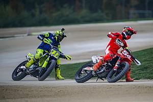 Rossi desafia Petrucci e Dovizioso para corrida de motocross
