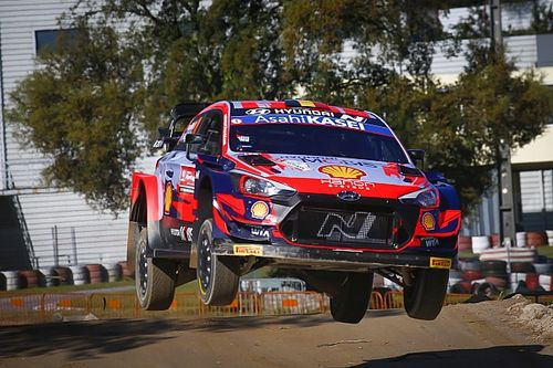 """Neuville blames Portugal WRC crash on """"too optimistic"""" pace note"""