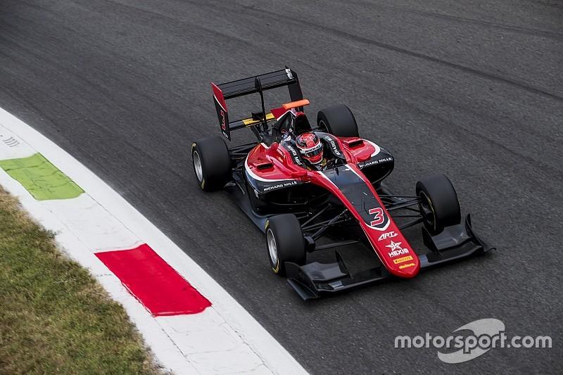 GP3 Monza: Russell wint gevecht met teamgenoten