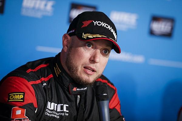 WTCC Rob Huff blâme