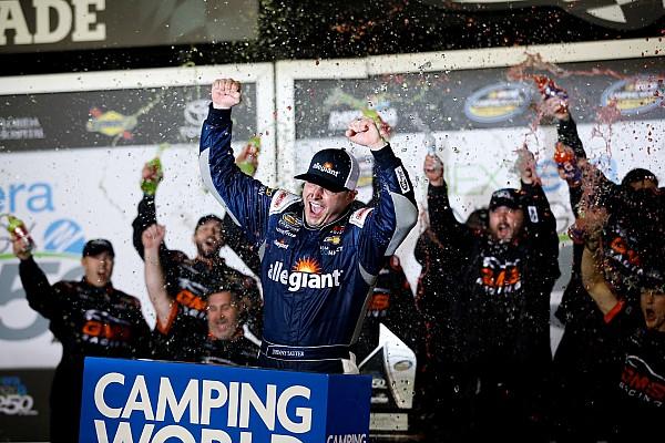 NASCAR Truck Relato da corrida Sauter vence abertura da Truck Series em Daytona