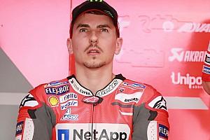 MotoGP Breaking news Lorenzo accuses Dovizioso of trying to