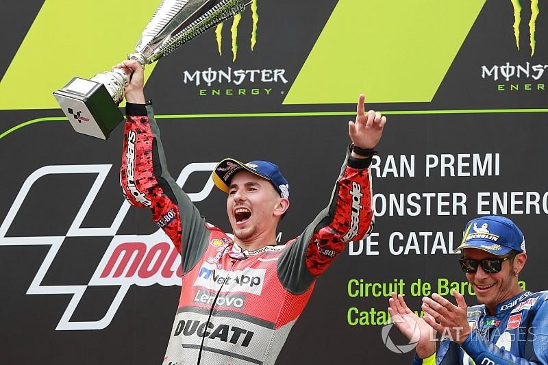Tweede zege op rij voor ontketende Lorenzo in Grand Prix van Catalonië