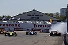 IndyCar Видео: Росси выбивает Уикенса в борьбе за победу в IndyCar