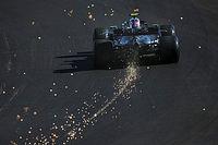Bottas detta il passo, Hamilton si perde e la Ferrari si ritrova
