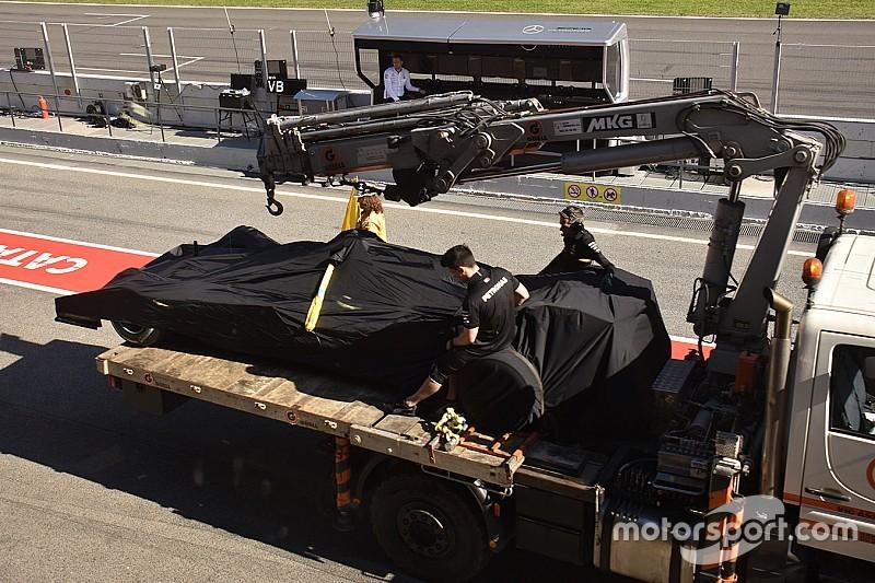 Проблеми з двигуном завадили Mercedes оцінити новинки