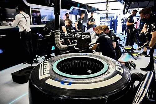 Who makes F1, MotoGP, Indycar tyres and how do they do it?