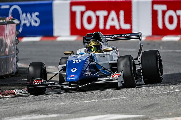 Formula Renault Shwartzman e Peroni si spartiscono le vittorie a Pau