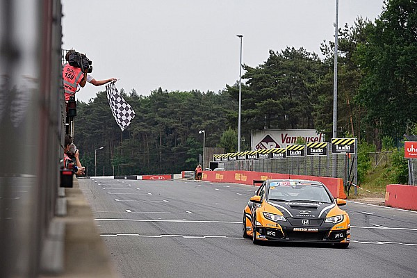 TCR Benelux Nieuws TCR Benelux: Succesvol weekend voor Tom Coronel in Zolder