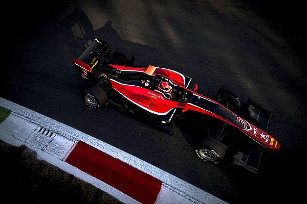 Расселл выиграл гонку GP3 в битве с партнерами по ART