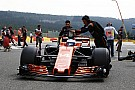 Sokkoló: így esett rá Palmer Alonso McLaren-Hondájára