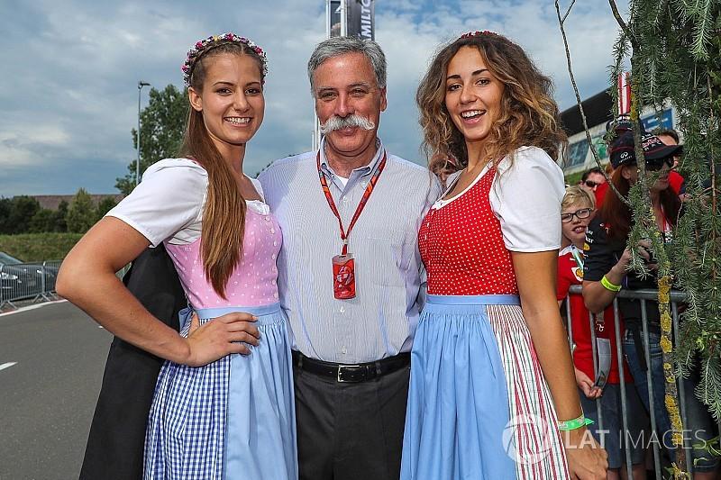 """Carey dice que seguirá habiendo """"chicas bonitas"""" en la F1"""