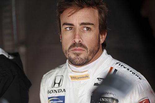 Alonso bármire hajlandó gokartpályája biztonságának javításáért